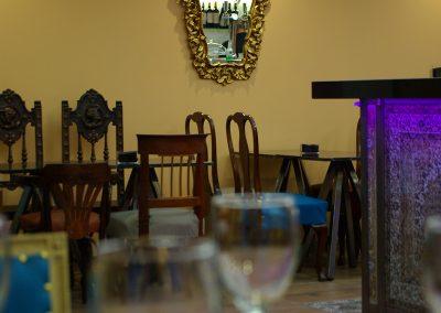 Recién inaugurado restaurante, cafetería y bar de tapas en el centro de Jaca, con cocina de fusión, mezclando influencias asiáticas con la cocina española